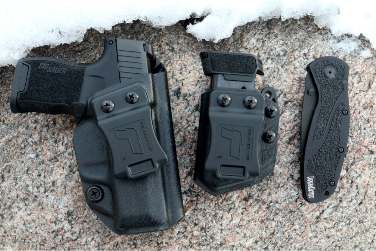 Best Holsters for Sig P365, P365XL